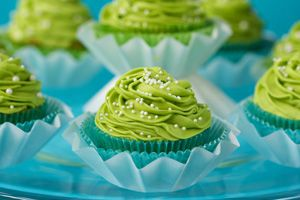 California Avocado Cupcakes with Key Lime Buttercream Frosting Recipe | California Avocado Commission