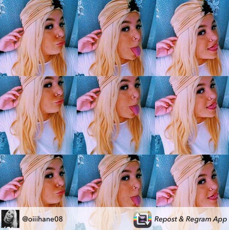 ... Amanda ...   Nuestra querida #blogger nos hace una divertida instantánea con uno de nuestros turbantes (modelo charleston) Antes 29,90€, ahora 17,90€.  Confeccionado el lycra con aplique de lentejuela y pompón de #plumas.    Todo un acierto de @oiiihane08, que encontraréis en http://grettandhipp.com/ . Gracias guapa.   Feliz miércoles  Equipo Grett & Hipp  #Grettandhipp #Cintas #CintasGrett #Complementos #Diademas #Fiesta #Moda #Plumas #Strass #Brillos 
