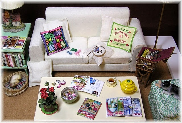 Tutorial for making everything here -- from the books and magazines to the lamps, table, accessories, and sofa!