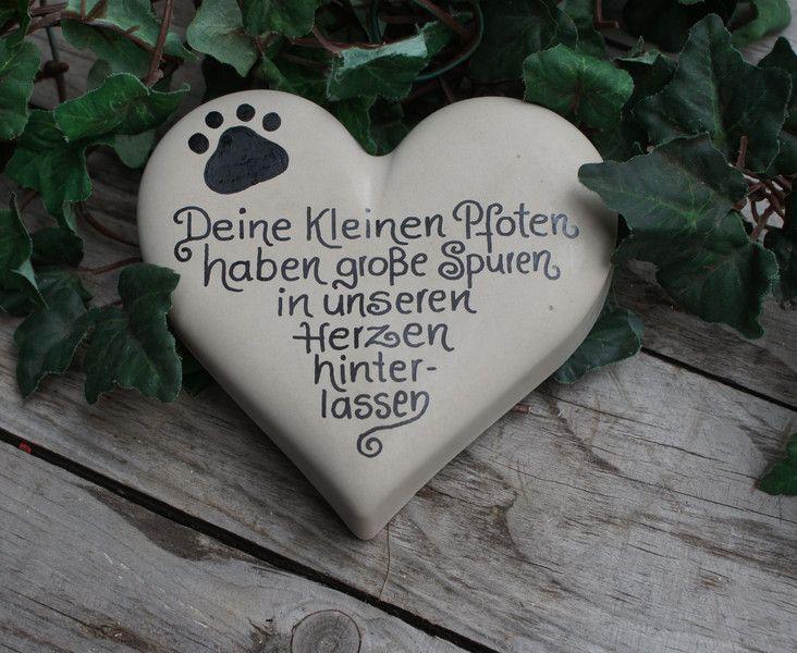 Hund: Halsbänder - Tiergedenkstein, Hund, Katze, Gedenkstein, - ein…