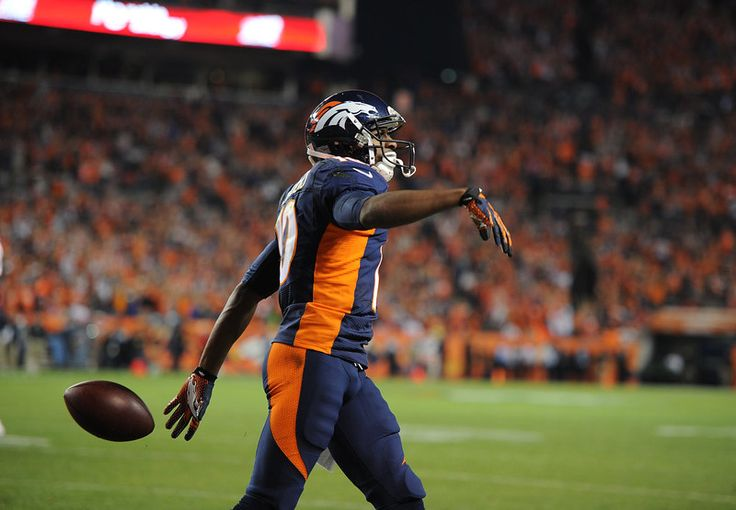 Emmanuel Sanders (10) of the Denver Broncos scores a touchdown in the first quarter. The Denver Broncos played the San Francisco 49ers at Sports Authority Field at Mile High in Denver on October 19, 2014. (Photo by Tim Rasmussen/The Denver Post)-- #ProFootballDenverBroncos