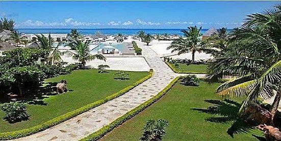 ZANZIBAR    GOLD ZANZIBAR BEACH HOUSE & SPA      Il Gold Zanzibar Beach sorge  sulla incantevole spiaggia di Kendwa che è la spiaggia più rinomata e suggestiva del territorio.  #prenota la tua #vacanza o richiedi informazioni #helevirturismo  #suite #resort #spa #isole #vacanza #travel #travelblogger #influencer #ISCHIAVIVE