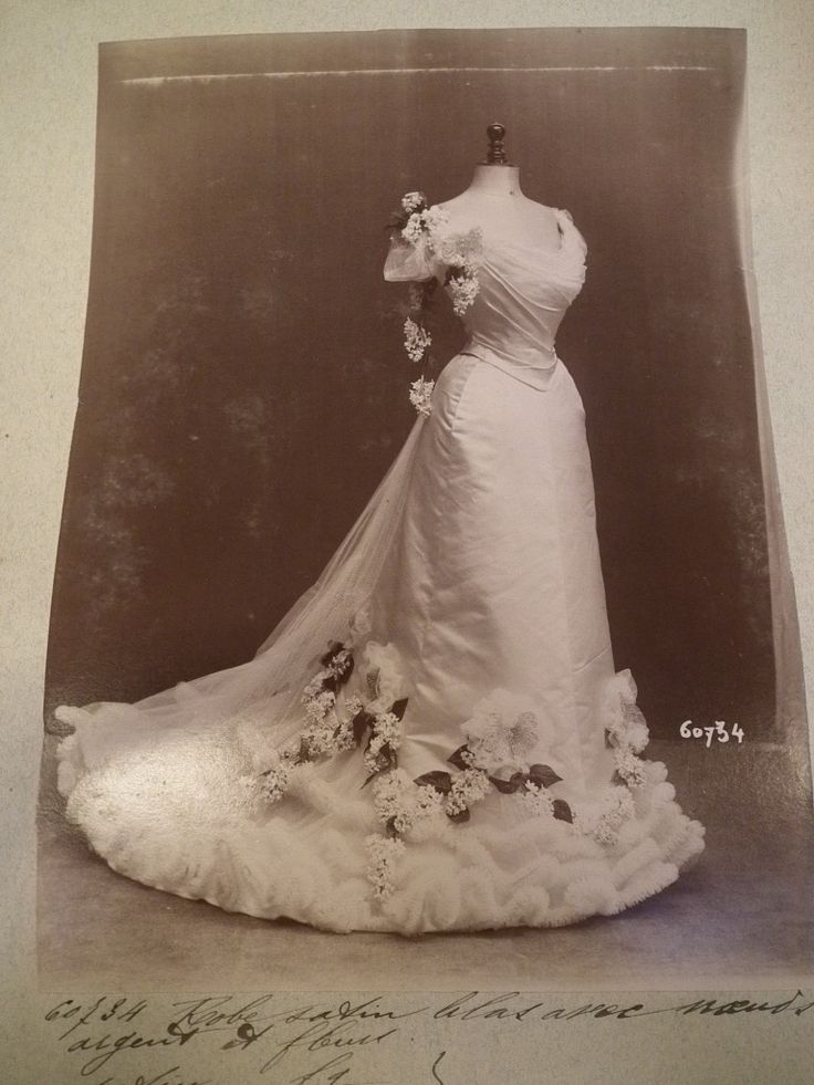 Worth gown 60734, 1901-2, image (c) Cathy Hay with permission of Victoria and…