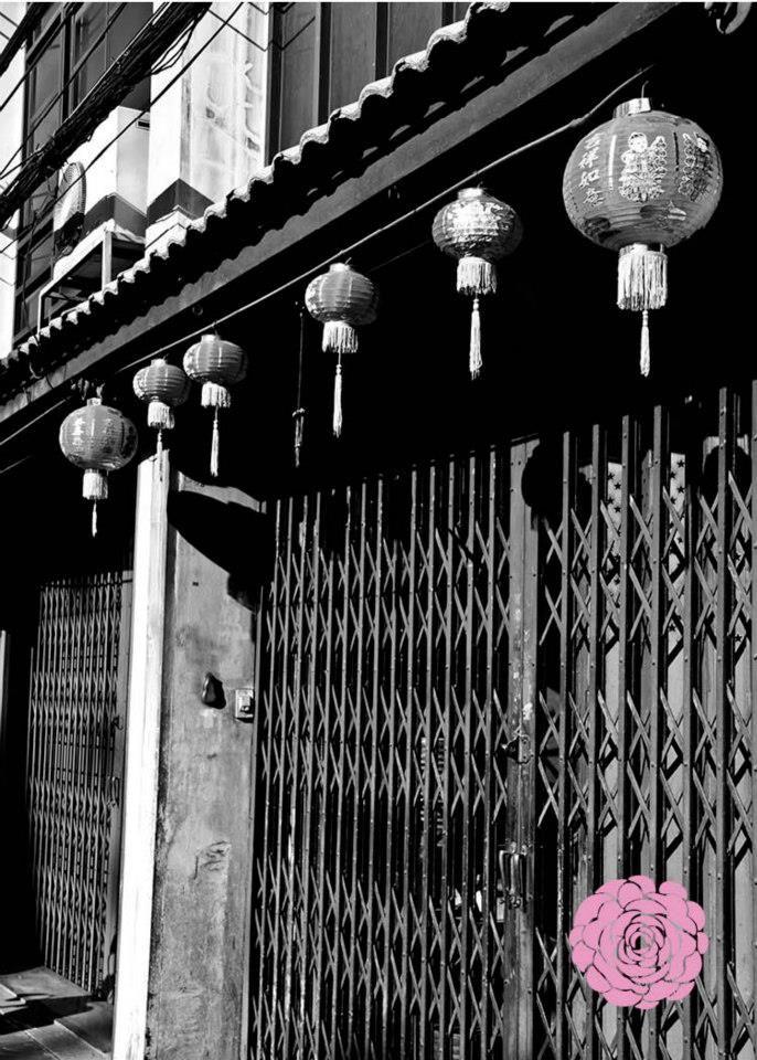 FREE POSTCARD - CHINESE NEW YEAR AT LOR YAOWARAJ