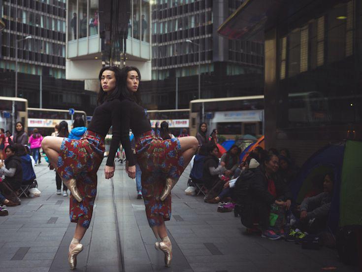 Impressive Ballet Dancers in the Streets of Hong Kong – Fubiz Media