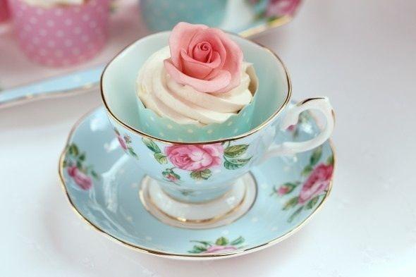 şık çay fincanları