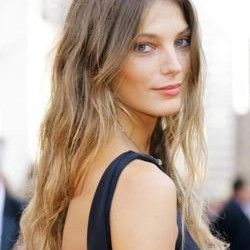 Hipster Hairstyles for Long Hair | Beachy Blond Hair Daria hair Blond Highlights wavy hair Brunette ...