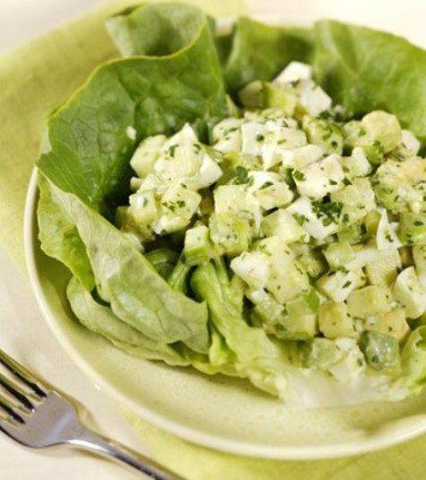 Зелёный салат: http://fort.luxpovar.ru/kulinariya/blyuda-iz-ovoshhej/vkusnyiy-i-zdorovyiy-nizkokaloriynyiy-salat/ Вкусный, здоровый, низкокалорийный - этот полезный салатик отлично утоляет голод.