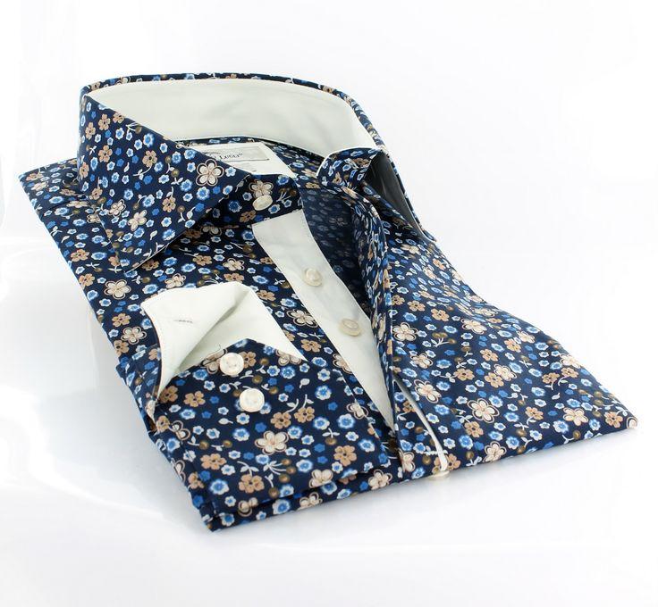 Claudio Lugli men's shirt w. white lining and blue flower print  http://claudioluglishirts.com/