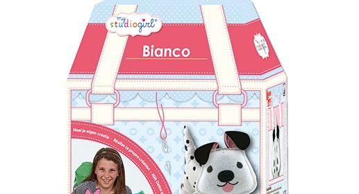 My Studio Girl Bianco Katia & Katinka recensie handwerken naaien knutselen University Games hondje dalmatiër voldoende materiaal kant-en-klaar knutselsetje plastic naalden veilig dubbele rijgsteek instructie hand en spandiensten
