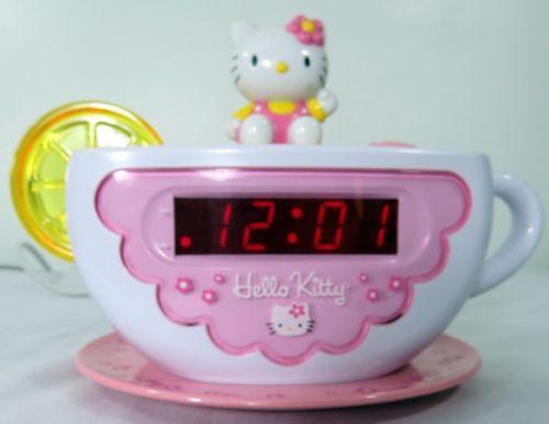 hello kitty tea cup alarm clock radio am fm snooze night light ebay hello kitty sanrio. Black Bedroom Furniture Sets. Home Design Ideas