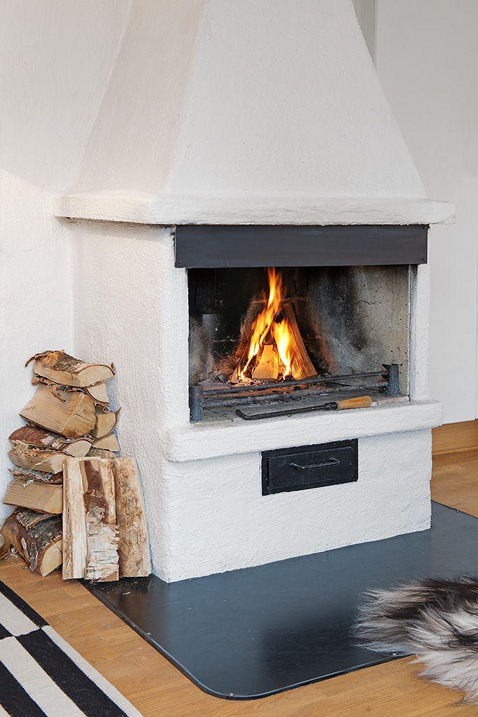 Elden värmer gott under kyliga vinterkvällar // เตาผิงให้ความอบอุ่นฤดูหนาว