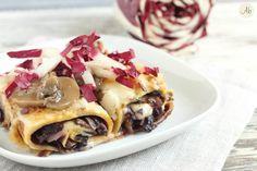 Crespelle al Radicchio e Funghi - piatto della domenica, le crespelle piacciono a tutti e questa versione profumata è perfetta per salutare il freddo.