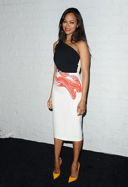 Zoe Saldana in #RolandMouret #PF15 Belmont Dress  Black and Berry Red marble print