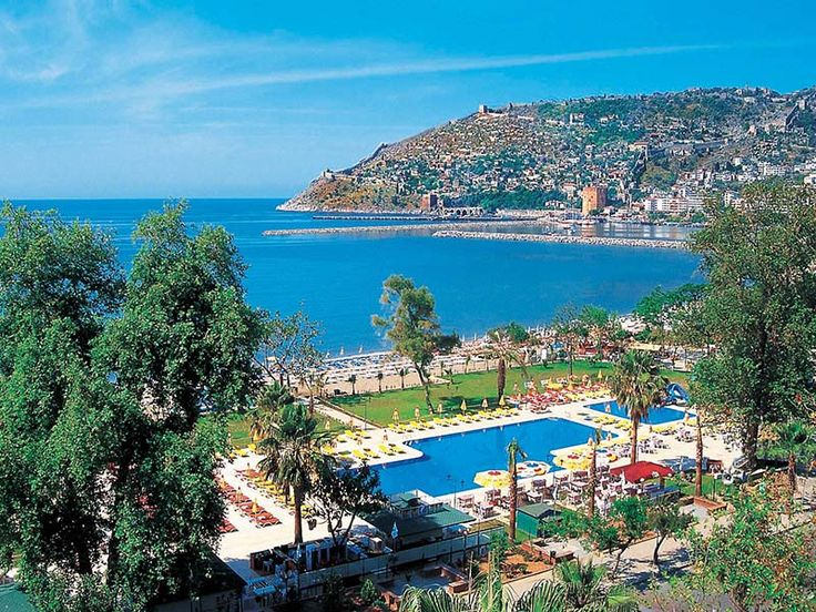 Alanya is about 2 hours drive from the nearest major International Airport in Antalya and half an hour from Gazipaşa...
