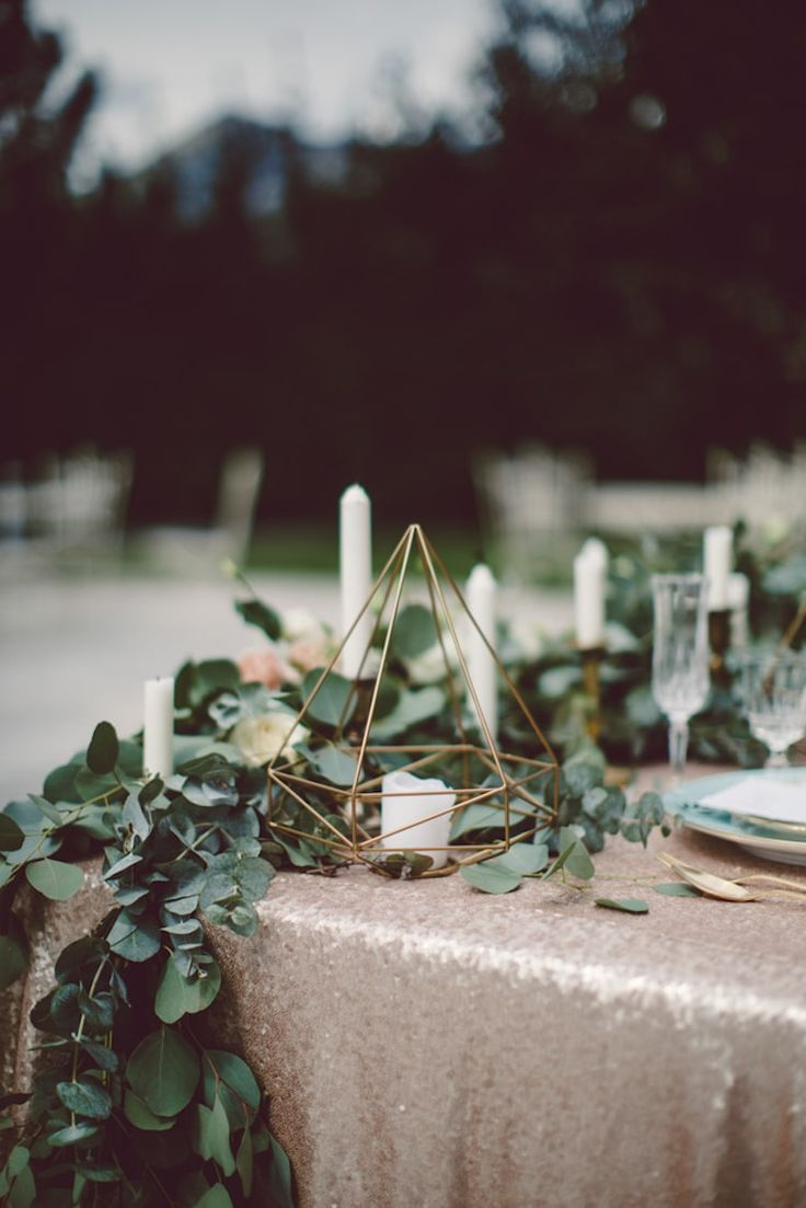 Table Setting Champagne Sequin Tablecloth Gold Prism Candle Holder Cream Blush Roses Greenery Light Blue Plate Breathtaking Lake Como Wedding Ideas http://lillyred.it/