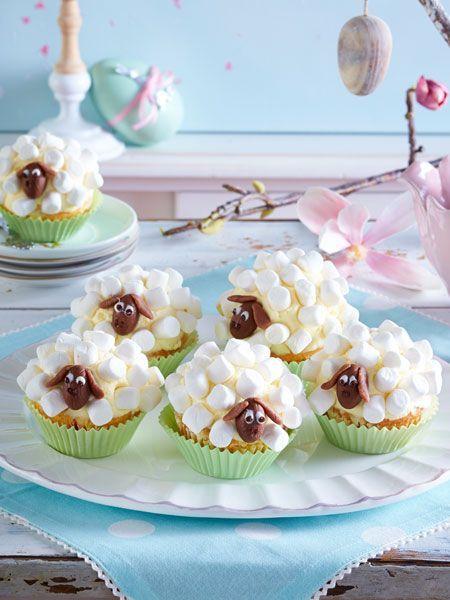 Wunderschöne Muffins als Marshmallow Schäfchen. Und schmecken tun sie auch noch gut!