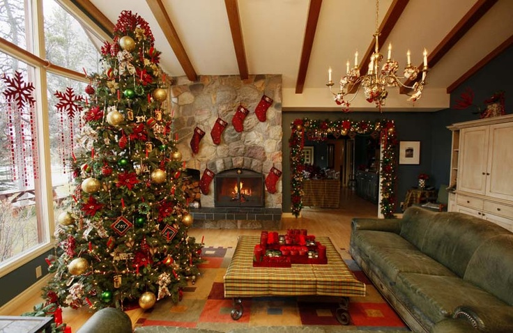 13 best wrought iron christmas tree images on pinterest for Decore hotel jasper