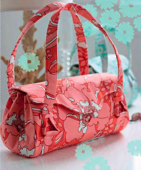 Link to free pdf download of amy butler blossom handbag + shoulder bag on sew mama sew