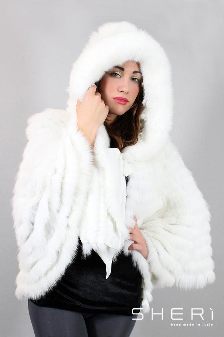 IT: Alaska - Mantella volpe bianca con cappuccio - Codice: 122 EN: Alaska - white fox cape with hood - Code: 122 Alaska - белая накидка с капюшоном из лисы - код: 122 #sheri #fur #fashion #white #fox #cape #bianco #volpe #mantella #furfashion #pellicce #pellicceria #luxury #moda #fall #winter #madeinitaly #handmade