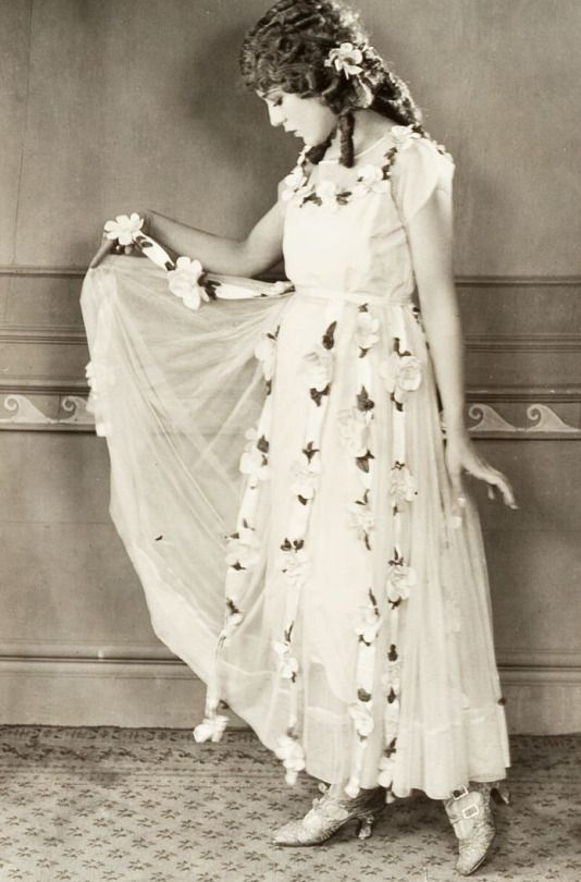 Top 25 Ideas About Mary Pickford On Pinterest Jack O 39 Connell Hollywood And 1920s