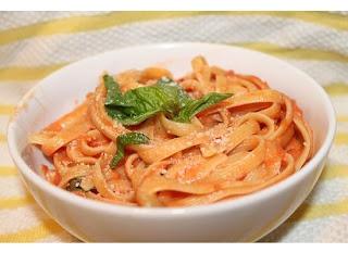pasta with homemade vodka cream sauce | yummy!! | Pinterest
