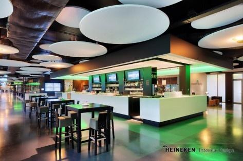Een zeer stijlvolle inrichting, prachtig design, lokkende foodcorners en een bijzondere omgeving om te netwerken. Euroborg is een topfaciliteit rijker. In de zomermaanden is de voormalige sponsorruimte van FC Groningen omgebouwd tot een 'sterrenlocatie'. Een businessroom van Champions League-niveau! Heineken Interieur Design tekende voor het ontwerp.