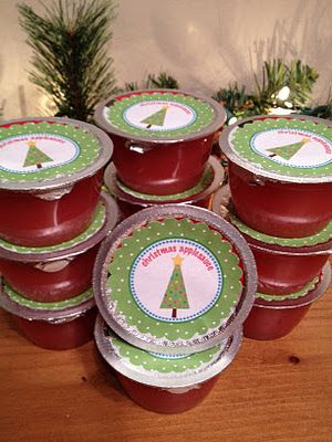 Christmas Applesauce - Great for classroom snack!