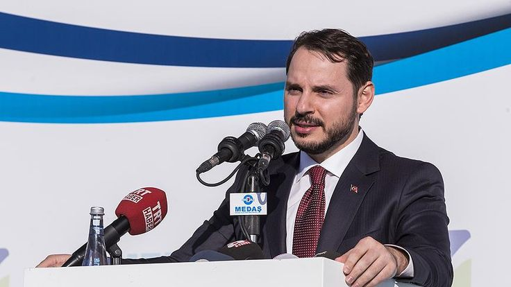 """Elektrik Dağıtımına 18 Milyar Lira Yatırım Yapılacak Enerji ve Tabii Kaynaklar Bakanı Albayrak, """"2016-2020 döneminde bu yatırım (elektrik dağıtımı) bütçesini 18 milyar liraya çıkardık. Türkiye Elektrik İletim AŞ ana omurga sisteminde yaklaşık bir o kadar yatırımı da biz yapacağız"""" dedi.  Enerji ve Tabii Kaynaklar Bakanı Berat Albayrak, Meram ile... http://www.enerjicihaber.com/news.php?id=1904"""