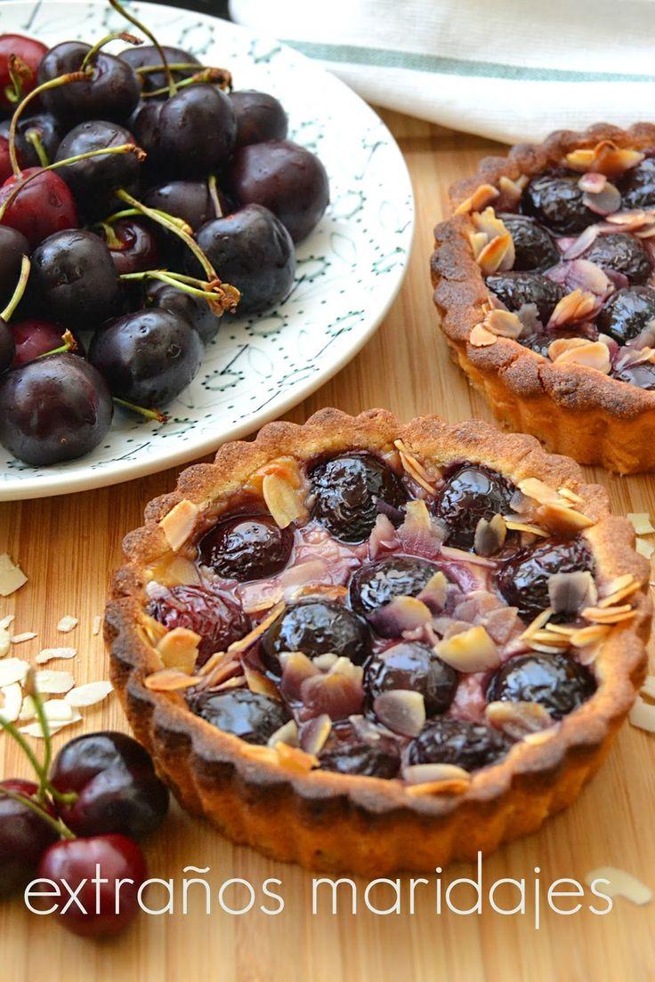 Extraños maridajes para #RecetarioMañoso: Tartaletas de cerezas y almendras
