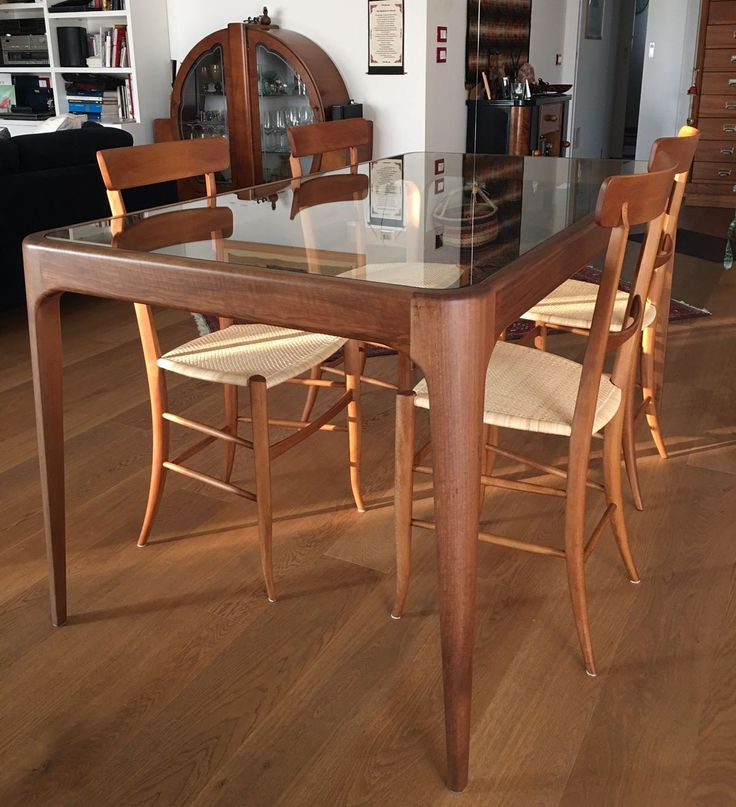 Bone Table in walnut. Design Fratelli Levaggi