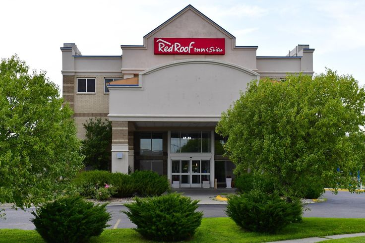 Lincoln (NE) Red Roof Inn and Suites Lincoln United States, North America Located in Lincoln, Red Roof Inn and Suites Lincoln is a perfect starting point from which to explore Lincoln (NE). The hotel offers a wide range of amenities and perks to ensure you have a great time. Take advantage of the hotel's 24-hour front desk, facilities for disabled guests, express check-in/check-out, Wi-Fi in public areas, car park. Designed for comfort, selected guestrooms offer television LCD...