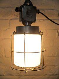 Die 25 besten industrie stil lampen ideen auf pinterest for Industrie mobel berlin