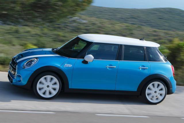 2015 MINI Cooper 4-door -- The DriveWays Review: 2015 Mini Cooper 4-door