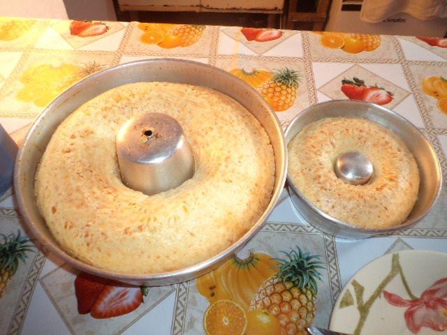 Receita de Bolo de polvilho e queijo. Enviada por Rita de Cassia Pereira Tosta e demora apenas 40 minutos.