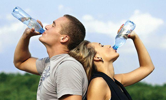 Μη ξεχνάτε το νερό: Το νερό είναι το ίδιο σημαντικό με το οξυγόνο για τη διατήρηση της ζωής. Ο άνθρωπος μπορεί να επιβιώσει αρκετές…