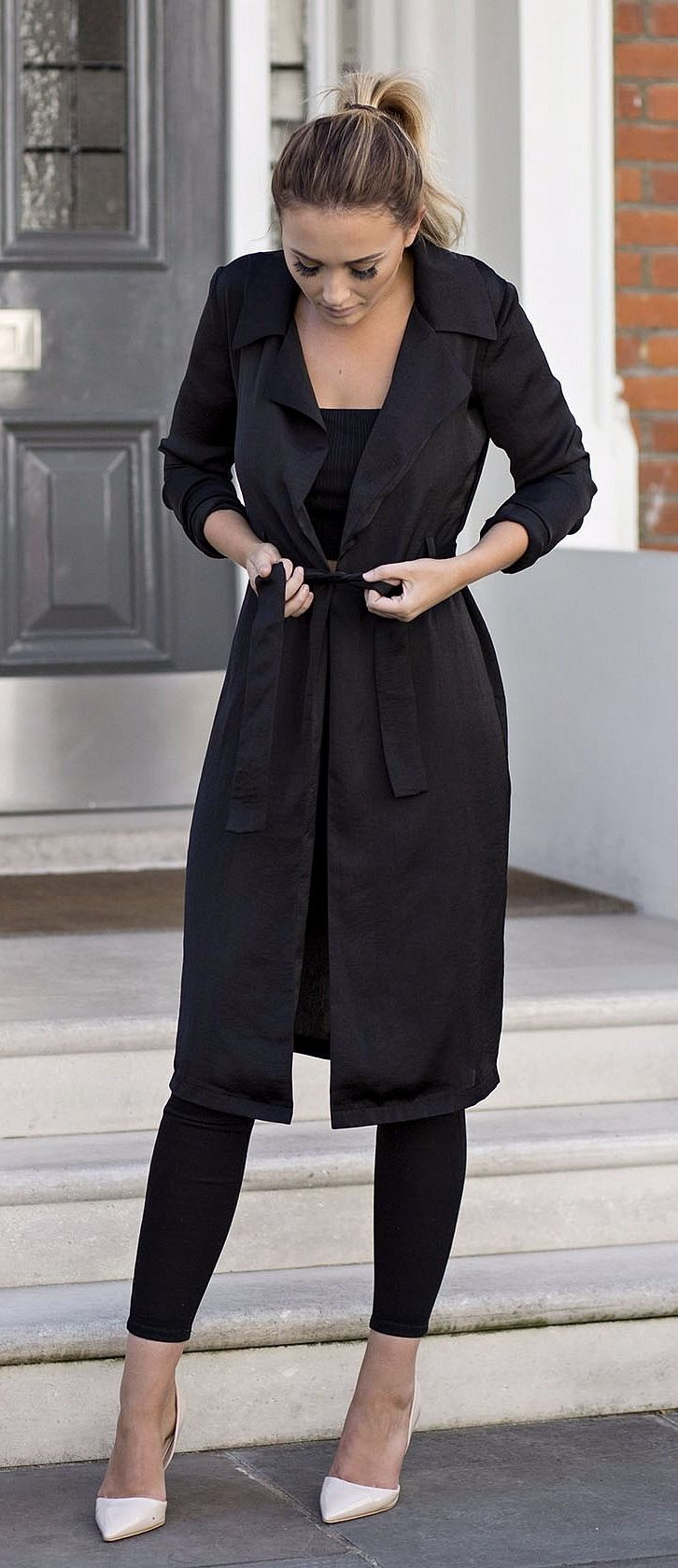 sarah ashcroft satin duster jacket black. Black duster jacket  | Black leggings outfit | Black monochrome look | Fall fashion | Fall styles (affiliate)