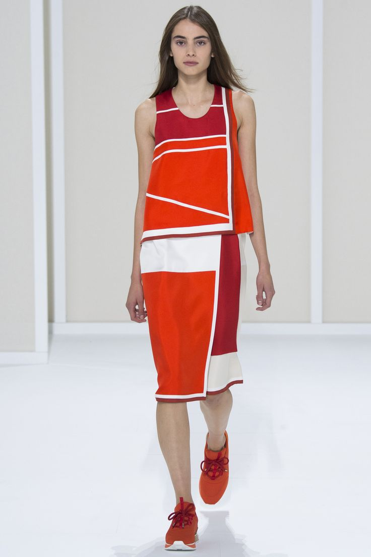 Hermès Spring 2016 Ready-to-Wear Fashion Show - Romy Schonberger (Viva)