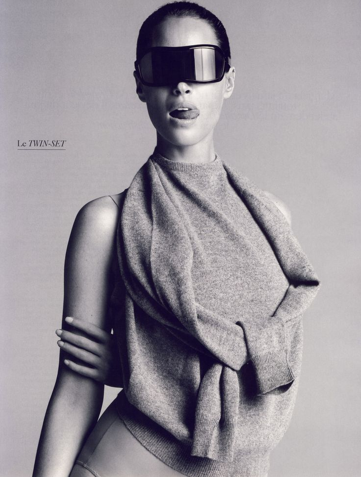"""Le Culte de l'impersonnalité"" Christy Turlington in Masion Martin Margiela by Inez van Lamsweerde & Vinoodh Matadin Styling: Carine Roitfeld Vogue Paris October 2008 #editorial"