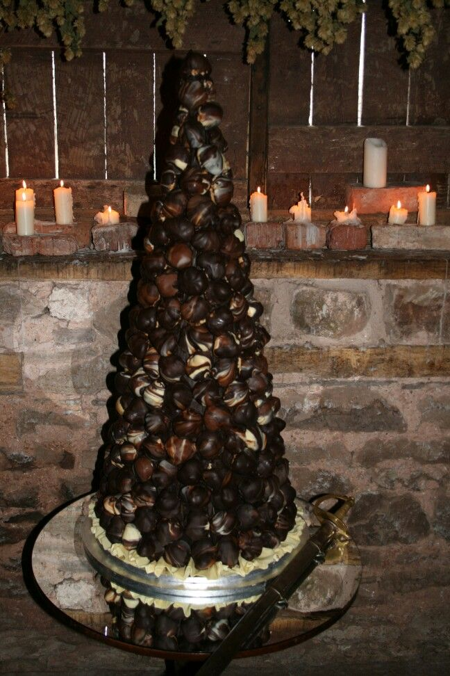 profiterole tower wedding cake 25 best ideas about profiterole tower on 18800