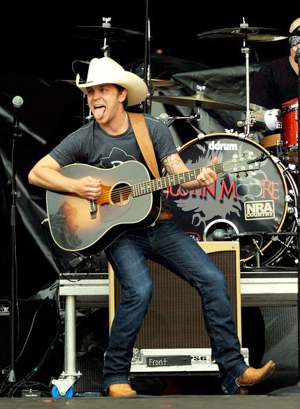Justin Moore!!:)