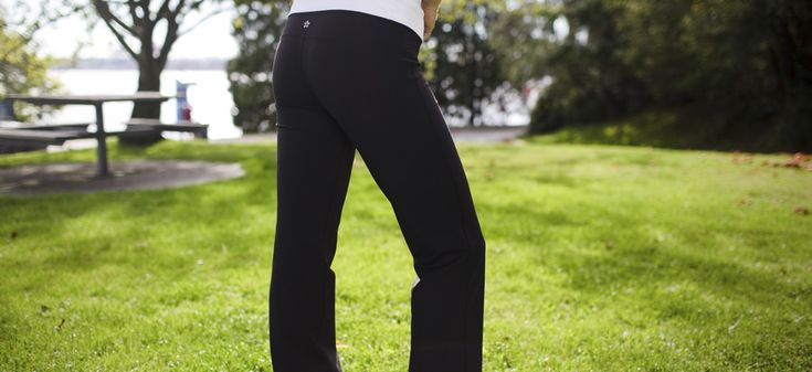 How to Wear Yoga Pants Almost Anywhere  #FashionForLife