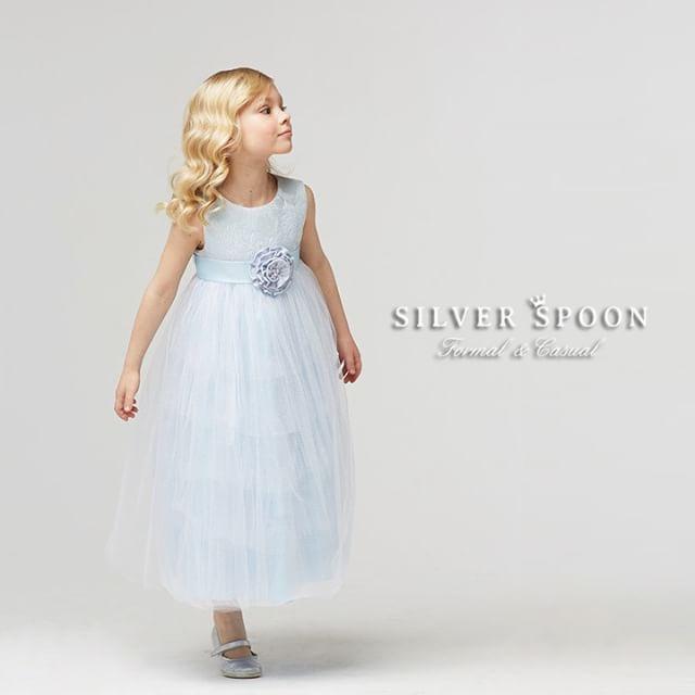 Платье #воздушнаядымк бело-голубого цвета из новой коллекции #SilverSpoonCeremony😍  Коллекция уже поступает в продажу!  #silverspoon #одеждадлядетей #красивыеплатья #наособыйслучай #длядевочки #длядочки #принцесса #платья #вечерняямода_дети #дети #инстадети #инстамама #instamama #instadeti #детскаямода #одеждадлядетей #новаяколлекция_дети