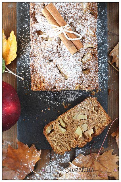 Εύκολο Κέικ Ολικής Αλέσεως με Μήλο