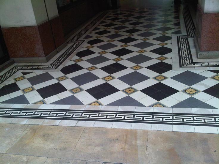 Plus de 1000 id es propos de tiles sur pinterest belle for Carrelages du marais