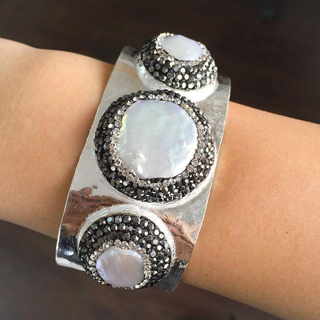 #Happy #Friday #everyone! #artisan #jewelry #bijoux #bracelet #handmade #turkish #gbj1455 #brass #druzy #design #women #pearl #art #accessories #cool #TGIF
