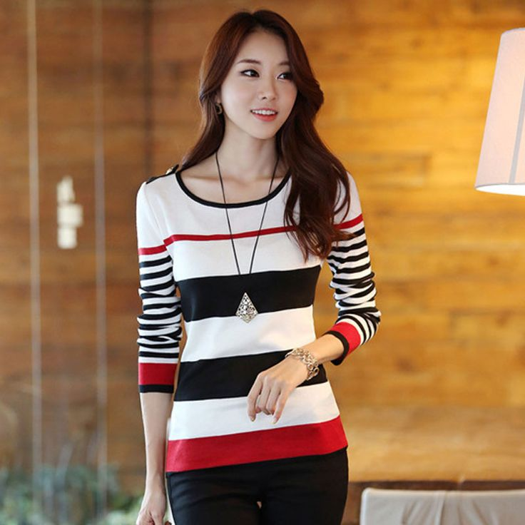 Slim Stripes Bottoming Pullover