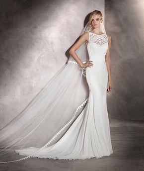 Arlet - Abito da sposa con scollatura sulla schiena e particolari floreali #pronovias