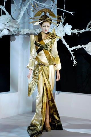 Kimono-inspired fashion by Dior. (Oiran-inspired as well)