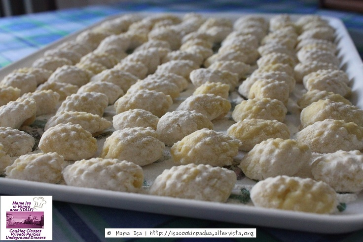 Gnocchi with Mama Isa - Gnocchi Making Classes Venice Italy #gnocchi #venice #italy #foodie #yummy